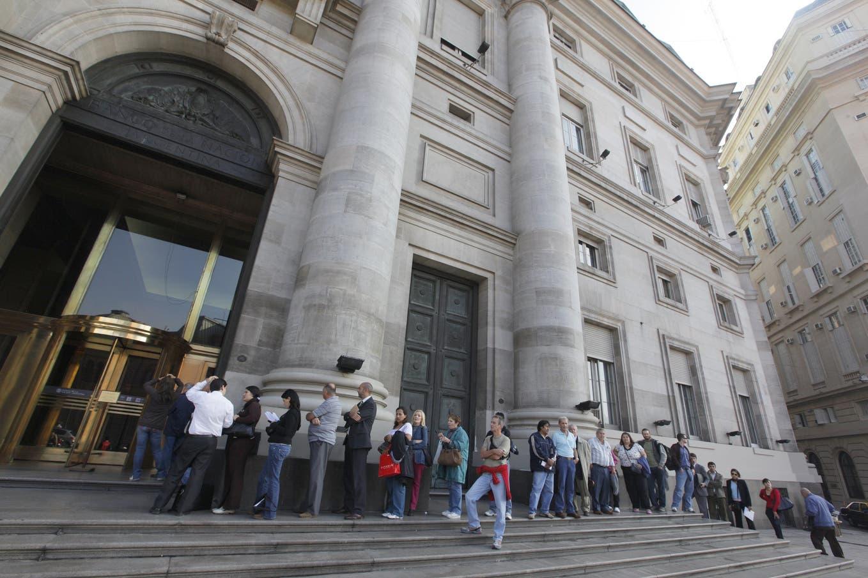 Dólar hoy: así cotiza el 23 de agosto en Banco Nación y otras entidades