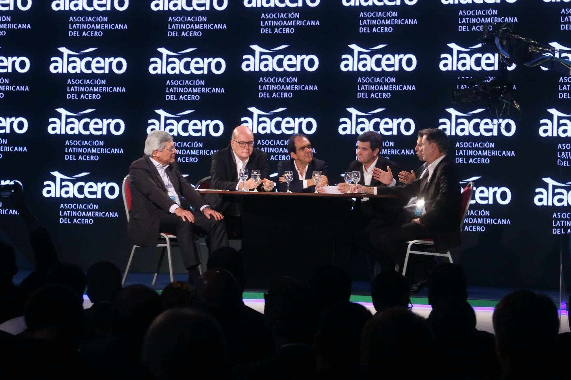 Acero. La industria siderúrgica latinoamericana define su futuro