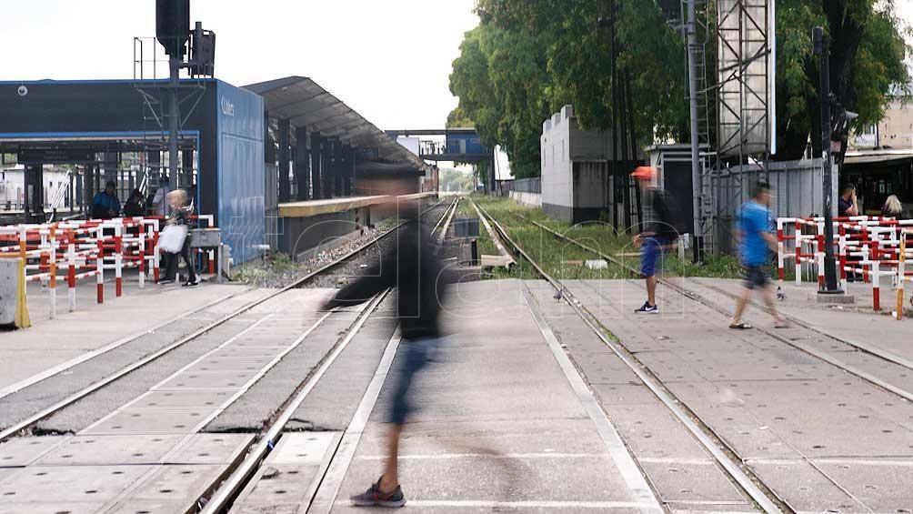 Los trabajadores del tren Sarmiento cumplen un paro por 24 horas