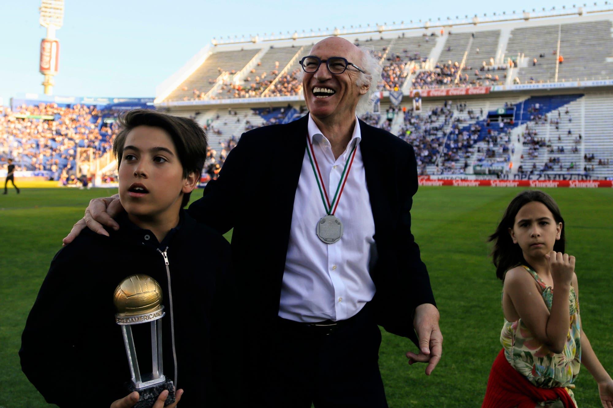 """Bianchi: por qué no volvió a Vélez, no ser hincha de Boca y el """"tendría que haber hecho una carrera más importante"""""""