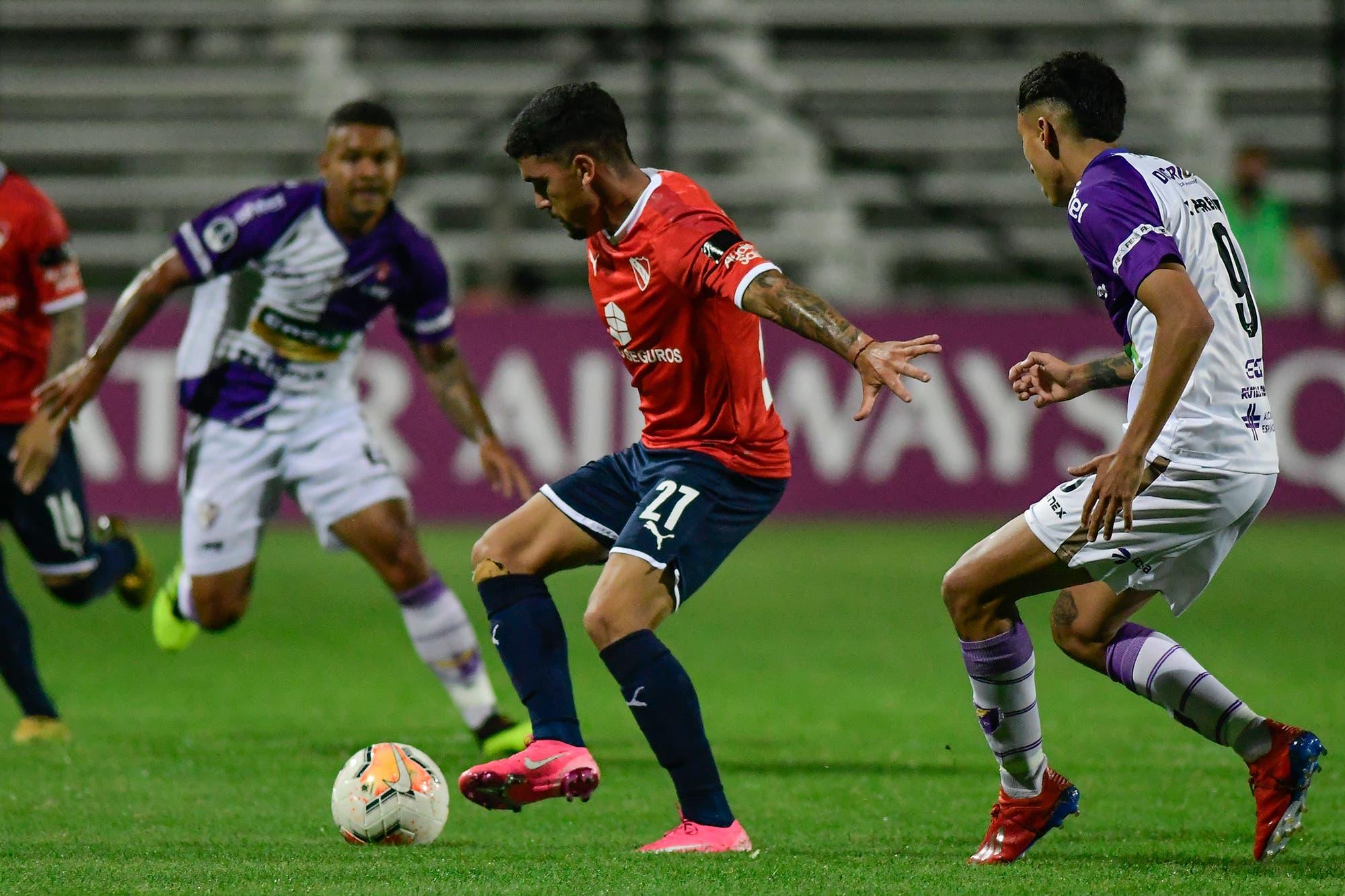 Independiente-Fénix, por el pase a cuartos de final de la Copa Sudamericana: el Rojo parte con la ventaja obtenida en la ida