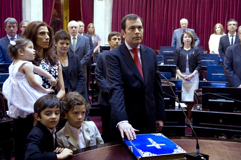 El gobernador Zamora y su esposa recibieron el alta de coronavirus