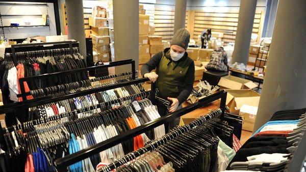 ropa-y-calzado-subieron-71,5%-en-un-ano:-¿cuales-son-las-razones-de-la-disparada-de-precios?