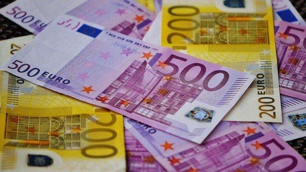 euro-hoy:-a-cuanto-cotiza-este-domingo-18-de-abril