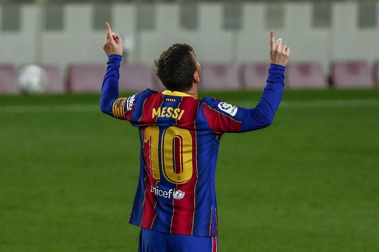 barcelona-–-getafe:-dos-goles-de-lionel-messi-y-dos-bloopers-en-la-victoria-parcial-de-los-catalanes-por-la-liga-de-espana