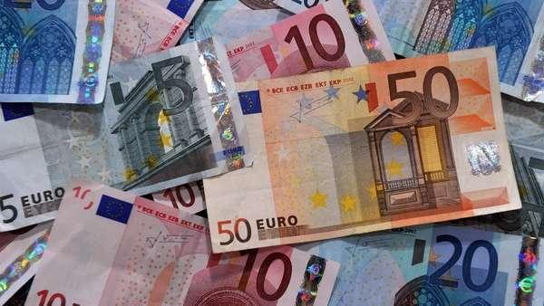 euro-hoy:-a-cuanto-cotiza-este-domingo-09-de-mayo
