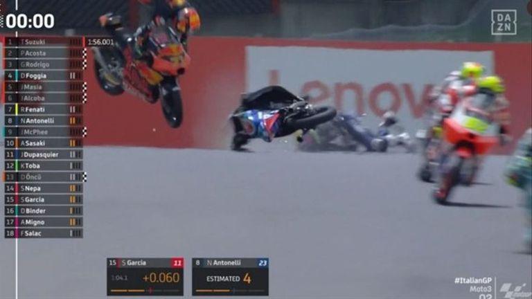 moto3:-el-grave-accidente-de-jason-dupasquier-que-preocupo-a-todos-en-el-circuito-de-mugello