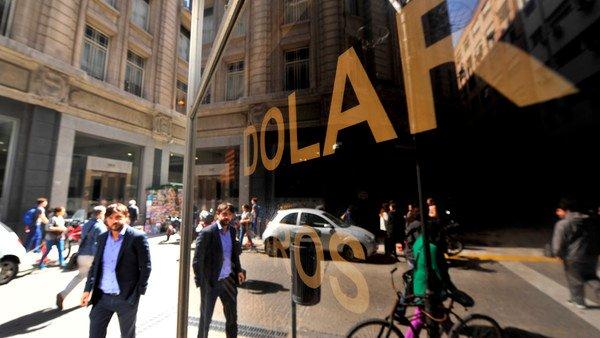 dolar-hoy:-a-cuanto-cotizan-el-oficial-y-sus-diferentes-tipos-de-cambio-este-viernes-11-de-junio
