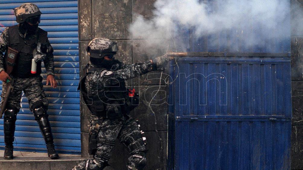 el-gobierno-amplio-la-denuncia-por-el-desvio-de-material-represivo-a-bolivia