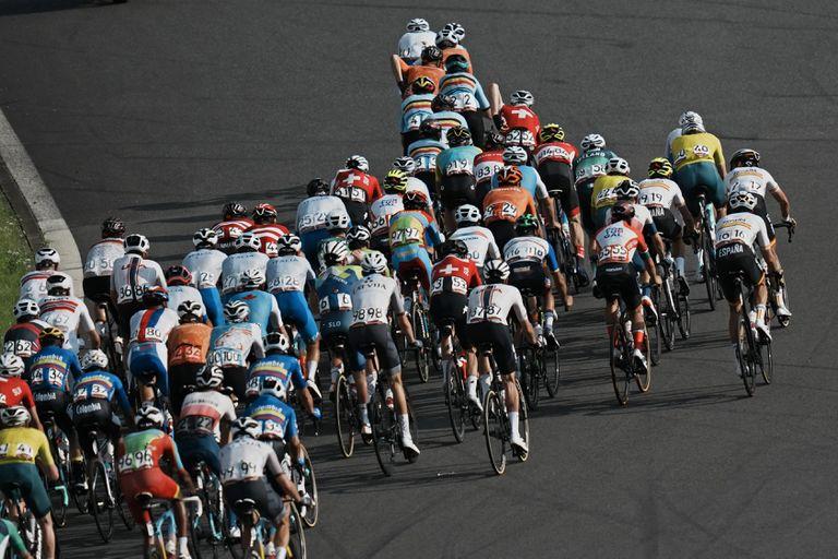 carapaz-le-da-ecuador-su-primer-oro-en-el-ciclismo-olimpico