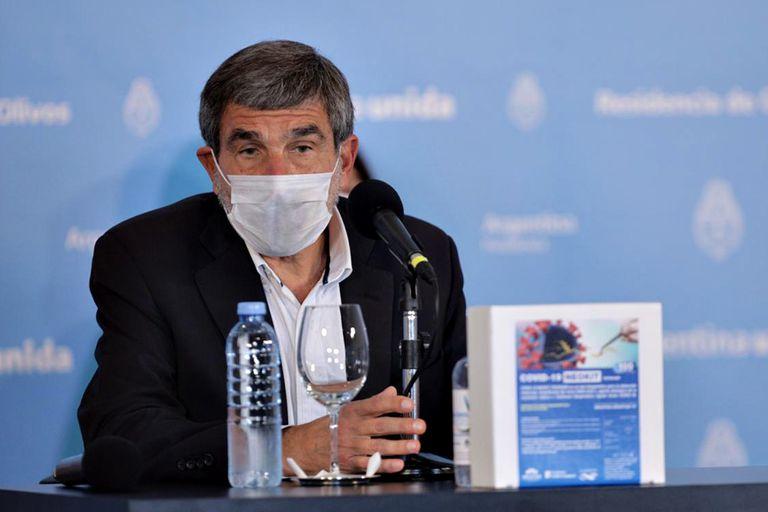 """roberto-salvarezza:-""""no-es-una-jarra-loca,-la-combinacion-de-vacunas-es-segura"""""""