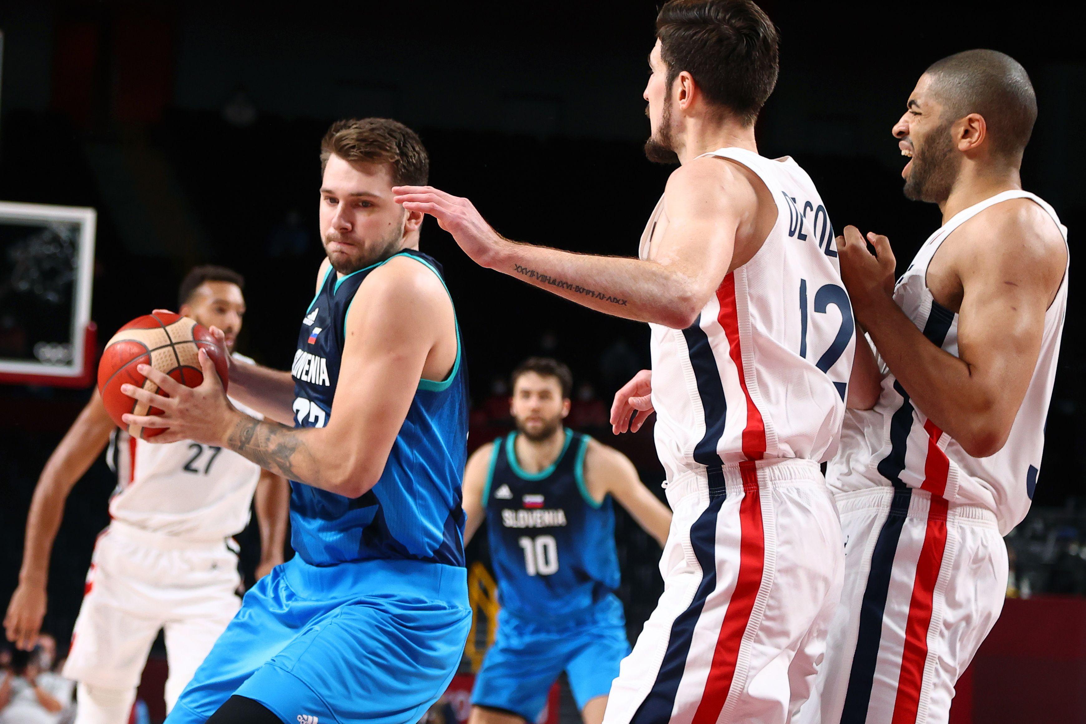un-tapon-que-vale-una-medalla:-francia-esta-en-la-final-del-basquet-con-una-jugada-magistral-de-nico-batum