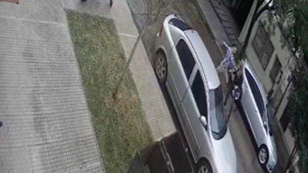 una-mujer-recibio-un-brutal-ataque-de-su-ex-en-plena-calle